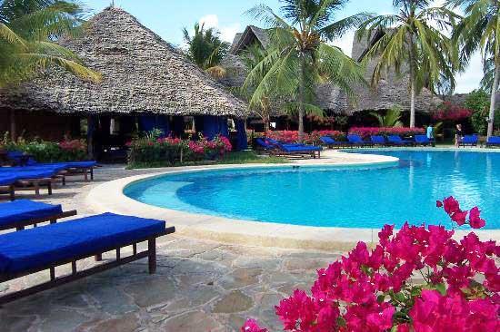 breezes-pool