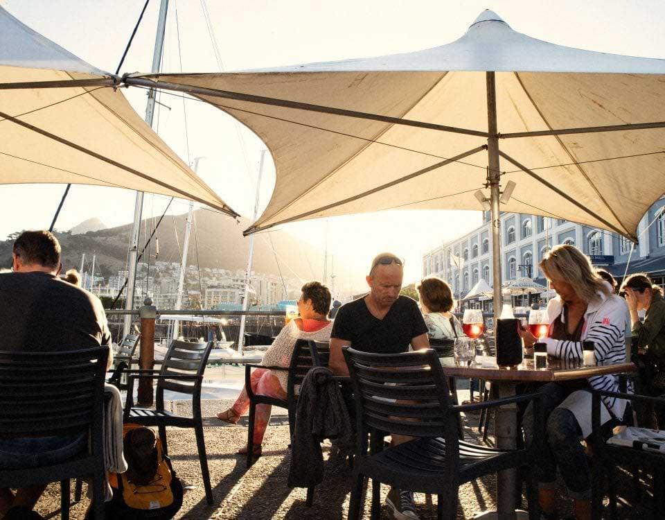 Några av de bästa restauranger i Kapstaden hittar du vid Waterfront, Sydafrika