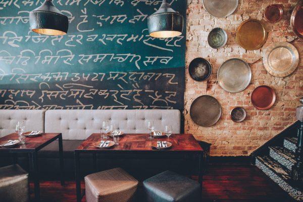 Interiören på Thali, indisk restaurang i Gardens, en av Tinas bästa restauranger i Kapstaden
