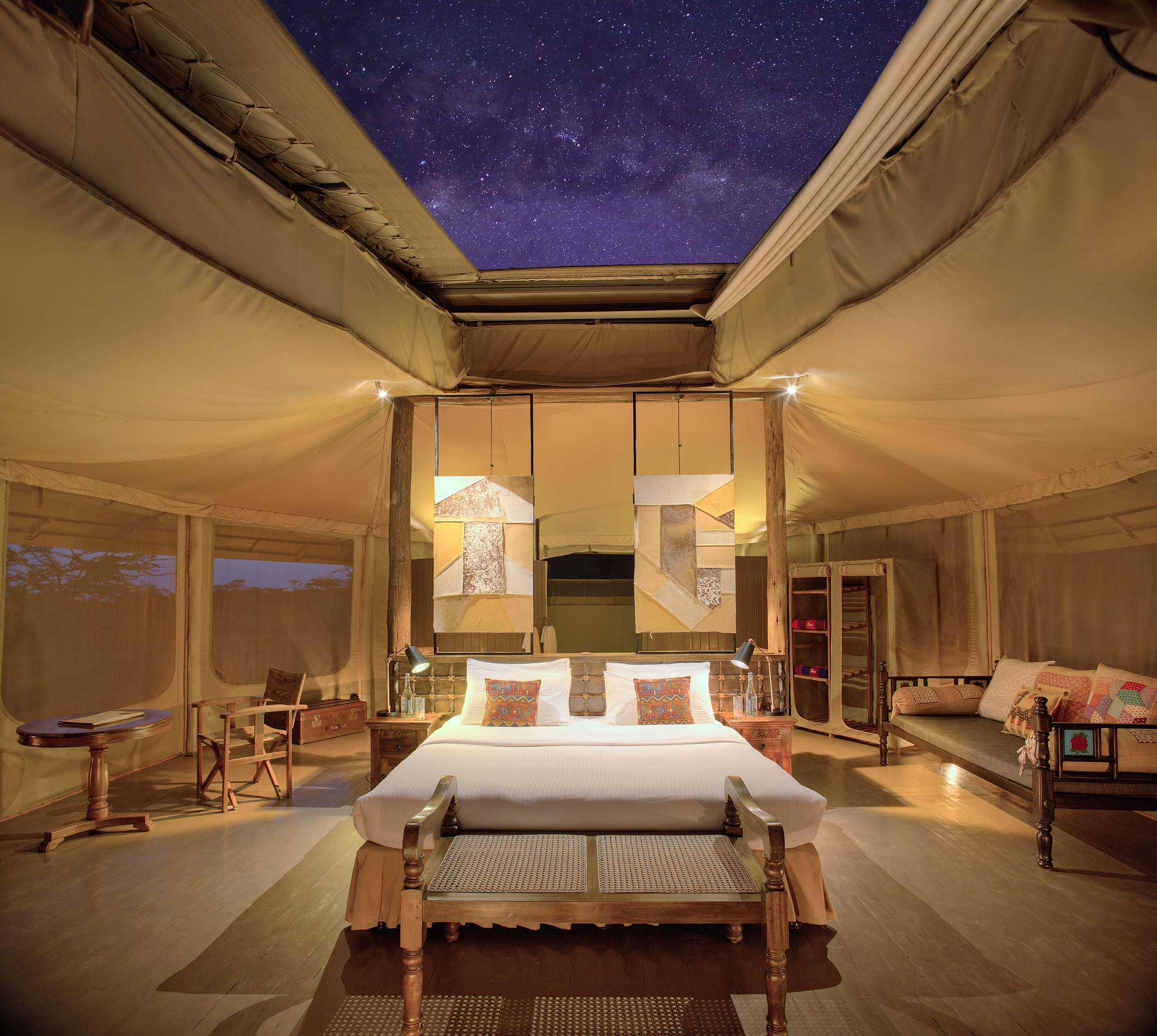 Leopard Hill tent interior, stjärnhimmel