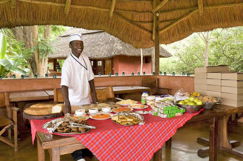ngorongoro-farm-house-2013-breakfast-buffet-800