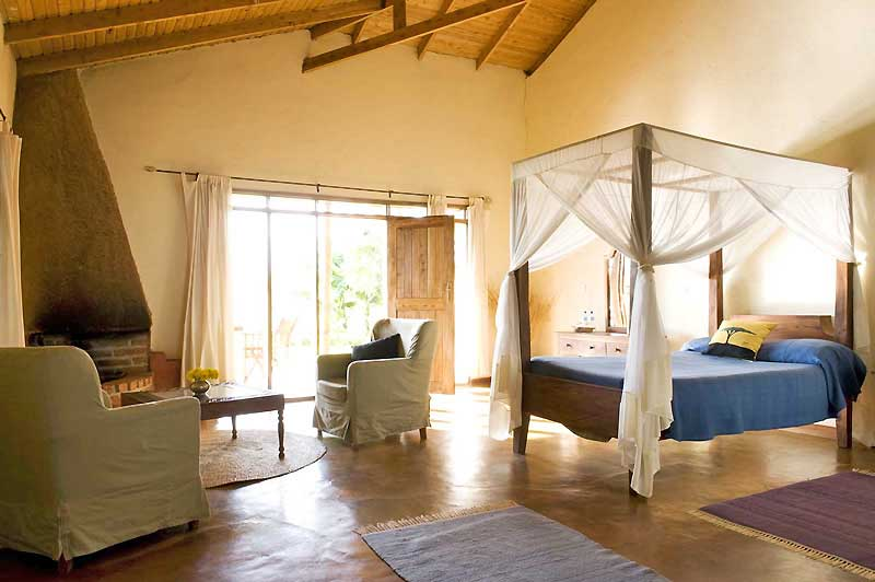 ngorongoro-farm-house-2013-room-interior-2-800