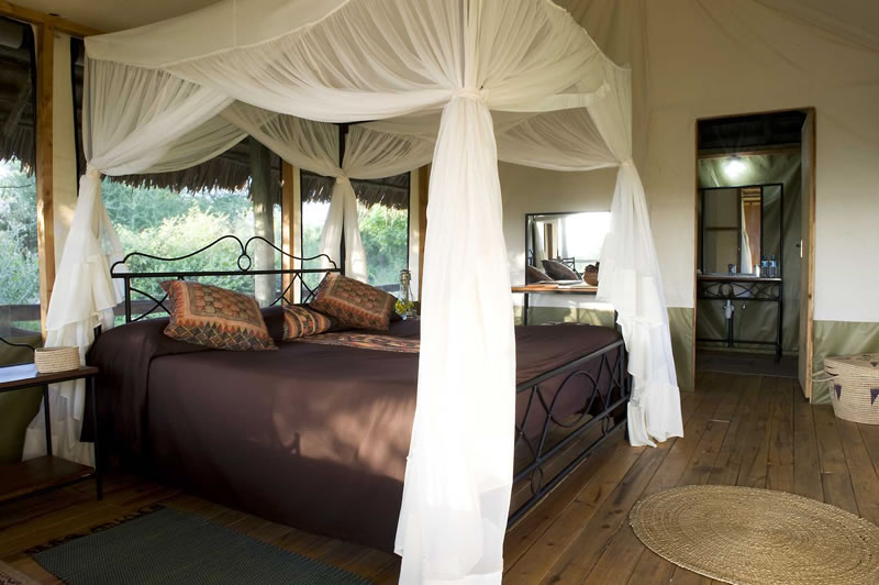lake-burunge-king-bed-800